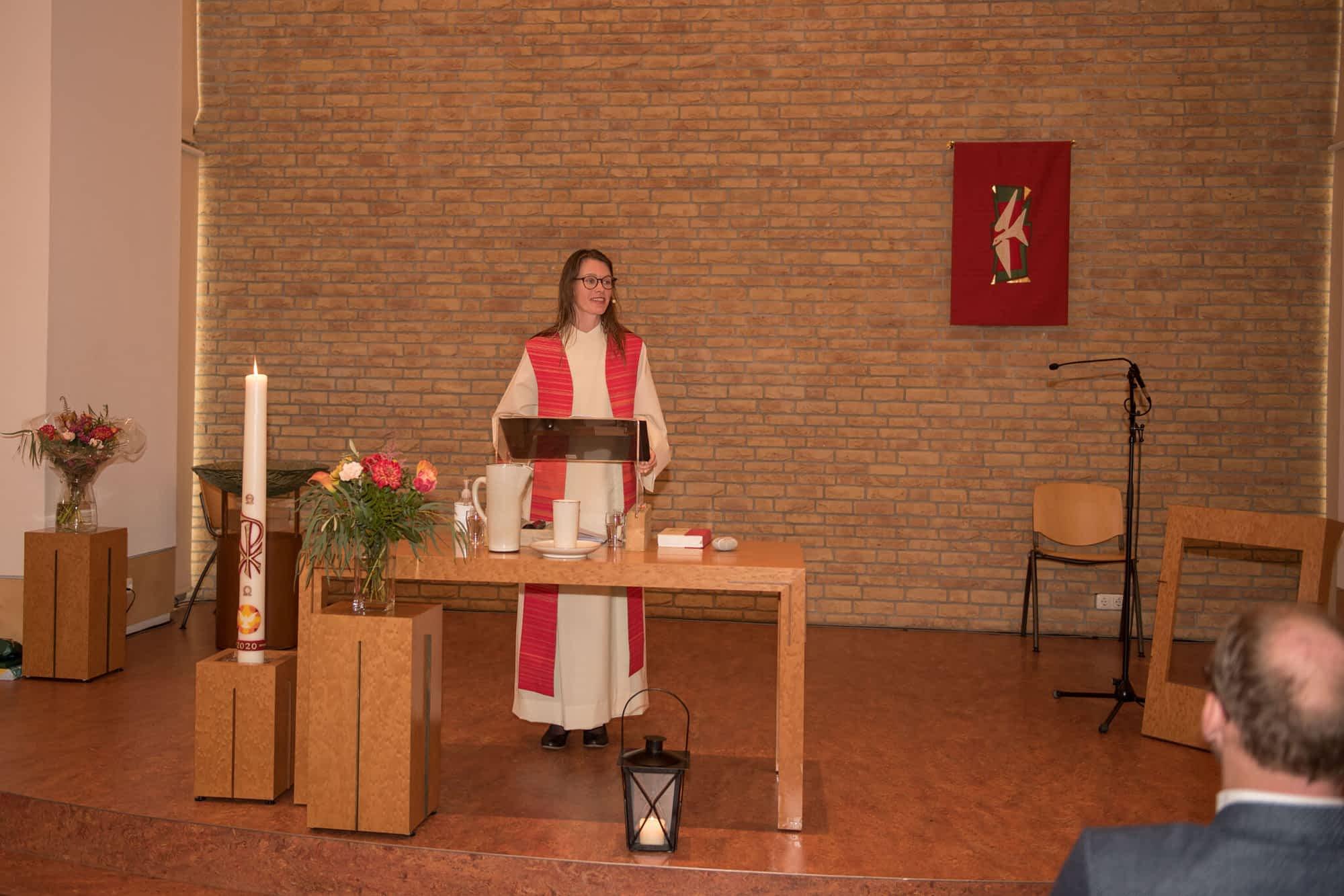 Els Klok, nieuw predikant van de Lichtkring in Alphen aan den Rijn